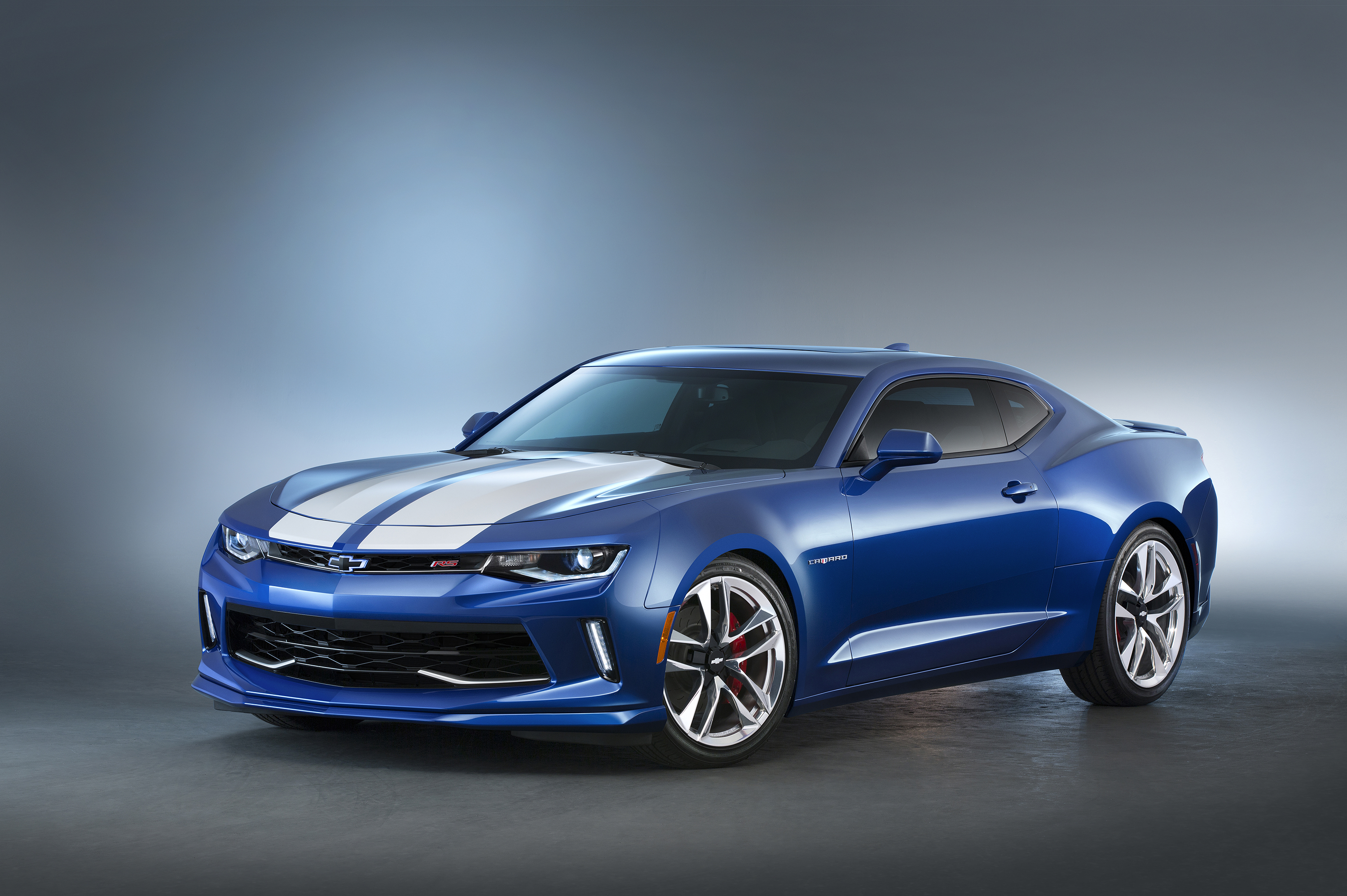 Camaro Hyper concept – Inspired by Camaro's heritage, this Hyper Blue Camaro LT coupe with the available 3.6L V-6 engine features white rally stripes, heritage-style fender badges and polished 20-inch forged aluminum wheels.